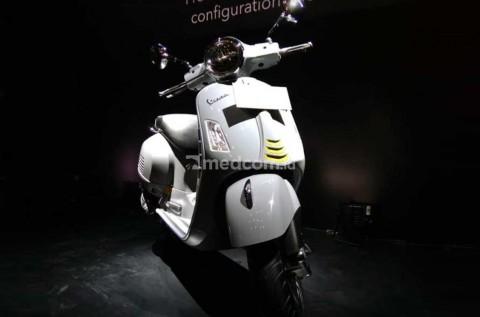 Skutik Premium Vespa GTS Super Tech 300, Mendarat di Jakarta