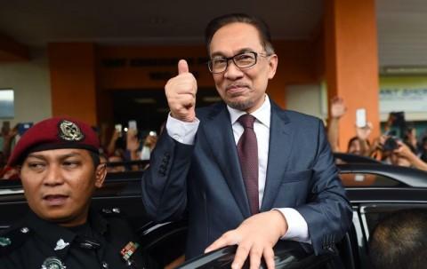 Anwar Ibrahim Minta Perusahaan Penyebab Kebakaran Bertanggungjawab