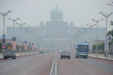 Malaysia Kembali Buka Sekolah usai Kabut Asap