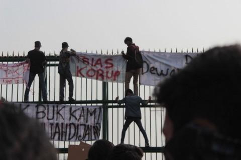 Polres Metro Tangerang Batasi Akses Menuju Jakarta