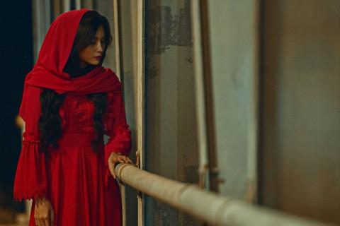 Anggy Umbara Sutradarai Film Si Manis Jembatan Ancol