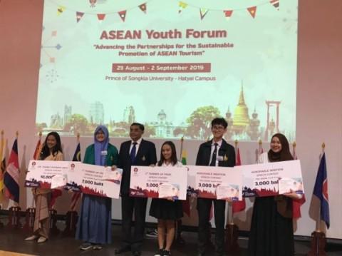 Mahasiswa UGM Juara 'Asean Youth Forum' di Thailand