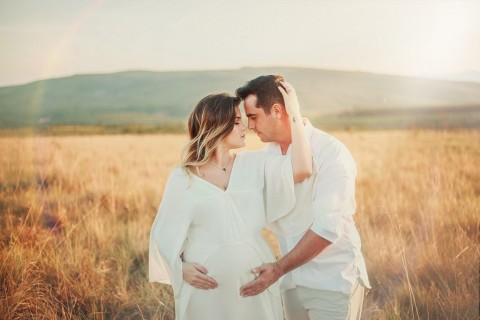 3 Manfaat Bercinta saat Trimester Pertama Kehamilan