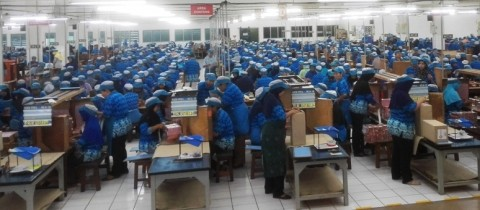 Mengawasi Tarif Cukai dari Batasan Produksi