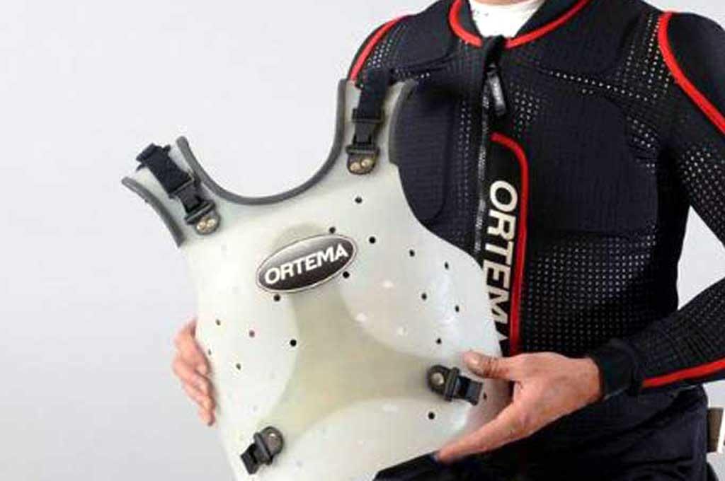Pelindung dada untuk bikers salah satu cara meccegah sakit paru-paru. Ortema-Shop