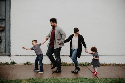 4 Panduan Mengatur Kehidupan Keluarga