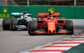 Leclerc Tercepat di Sesi Latihan Bebas Pertama