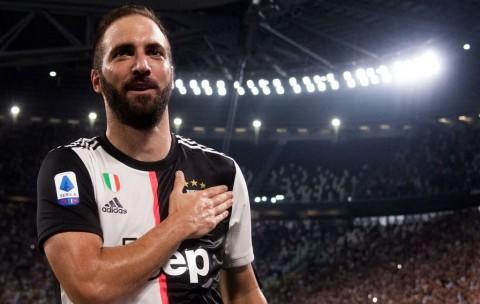 Higuain Buka Peluang Pulang ke River Plate