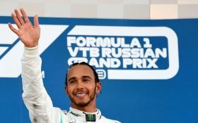 Tak Tersentuh di Puncak Klasemen F1, Hamilton Enggan Sesumbar