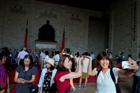 Indonesia Bakal 'Diserbu' Turis Tiongkok selama Libur Nasional