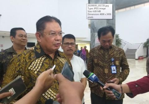 Taspen Serahkan Tabungan Hari Tua bagi Anggota DPR dan DPD