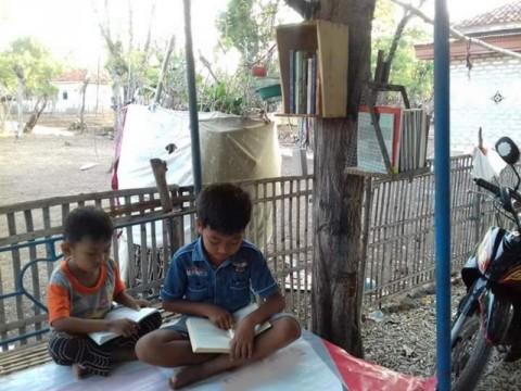Cerita Pohon Literasi Pulau Gili Genting