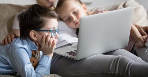 Anak-Anak di ASEAN Gemar Tonton Streaming, Indonesia Tertinggi