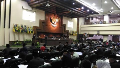 Ganjar Bawa Tuntutan Aksi Mahasiswa ke DPRD