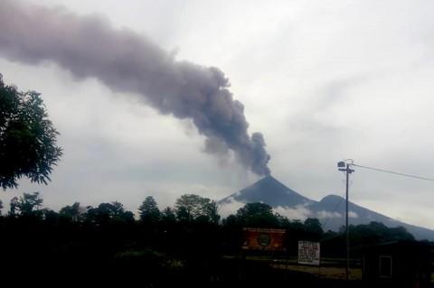 Gunung Api di Papua Nugini Erupsi, Warga Dievakuasi