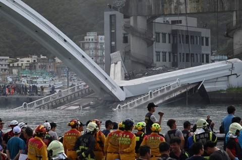 Enam Korban Jembatan Runtuh Taiwan Dikhawatirkan Meninggal