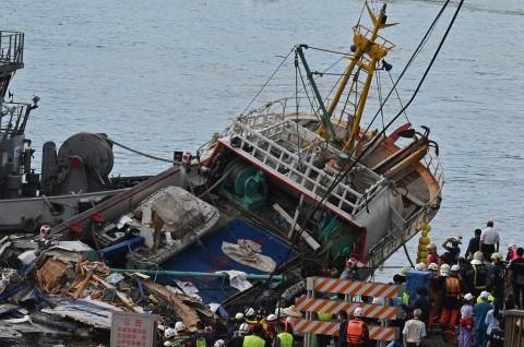 Empat Jenazah Ditemukan di Reruntuhan Jembatan Taiwan