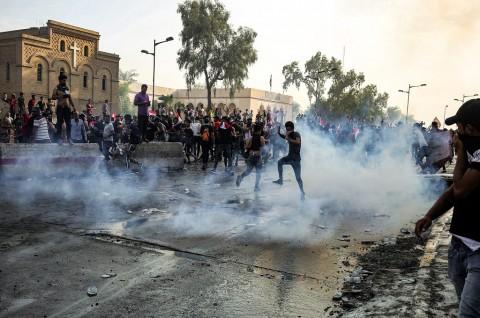 Demo di Irak Berujung Bentrok, Dua Tewas 200 Terluka