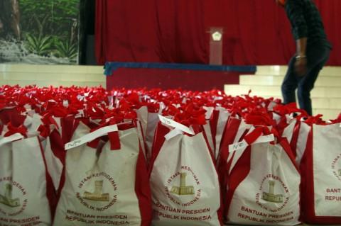 Ribuan Paket Bantuan Jokowi Tiba di Wamena