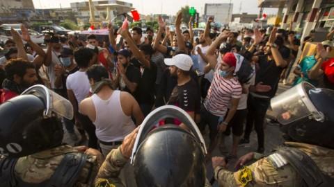 Kerusuhan di Irak Memburuk, Tujuh Warga Tewas Tertembak