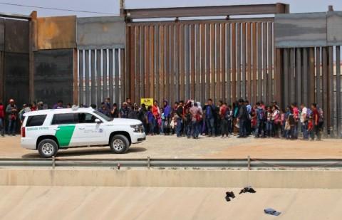 AS Kumpulkan DNA Imigran Tanpa Dokumen