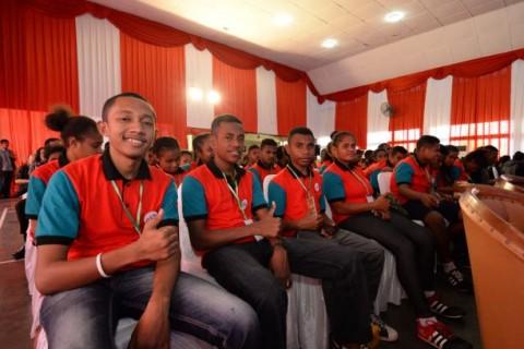 Siswa SMA Penerima Beasiswa Memilih Pulang ke Papua