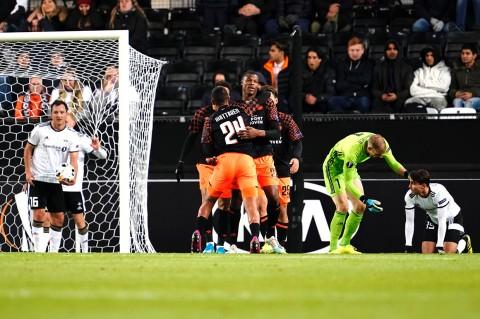 PSV Permalukan Rosenborg 4-1
