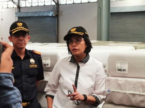 Menkeu: Kebocoran Impor Tekstil Bukan dari PLB