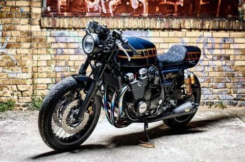 Yamaha XJR1300 Cafe Racer Terinspirasi Mode Pakaian Denim