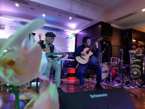 Belajar Gitar Bersama Jubing di The Papandayan Jazz Fest 2019