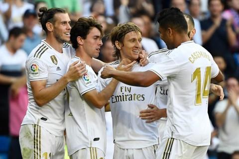 Real Madrid Kian Nyaman di Puncak