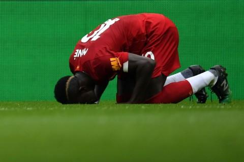Sadio Mane Pura-pura Jatuh saat Liverpool Tekuk Leicester