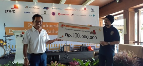 PwC Indonesia Executives Golf Gathering Berdonasi untuk Yayasan Kick Andy