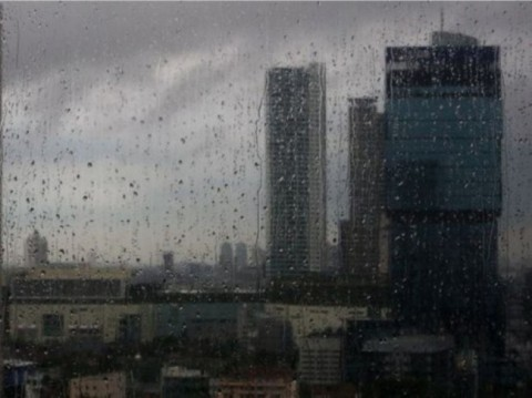 Ganjar Pranowo Minta Warga Bersiap Menghadapi Musim Hujan