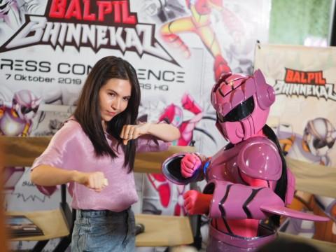 Pengalaman Baru Bisma Karisma dan Olivia Jensen Isi Suara Superhero Indonesia