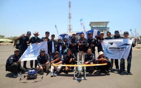 Robot Terbang UNS Raih Prestasi Inovasi Terbaik
