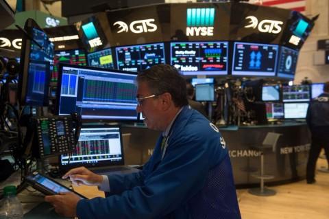 Bursa Saham AS Jatuh di Tengah Pidato Powell