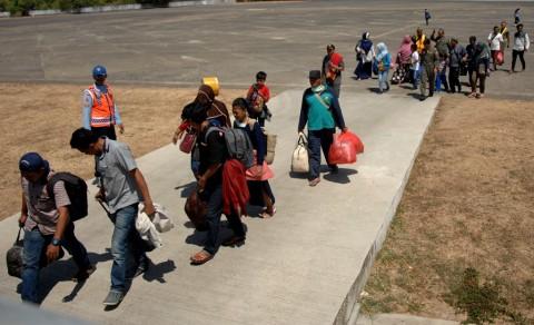 Hercules TNI Bawa Pengungsi Kembali ke Wamena