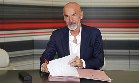 AC Milan Kontrak Stefano Pioli untuk Dua Musim