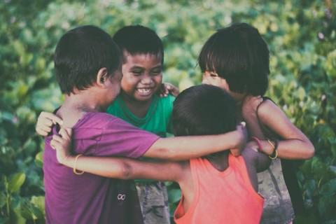Tips Menangani Anak yang Melihat Peristiwa Kekerasan