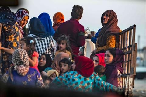 Relawan Wanita Inggris Mengungsi saat Turki Serang Kurdi