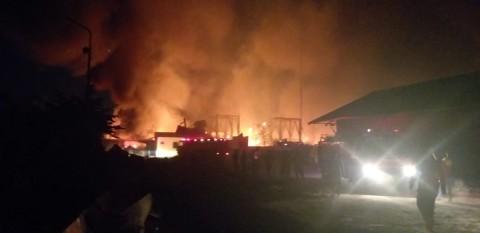 Gudang PT Indocement di Cirebon Terbakar