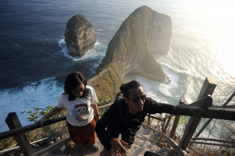 Tengok Pantai Kelingking, Salah Satu Pantai Terbaik di Dunia