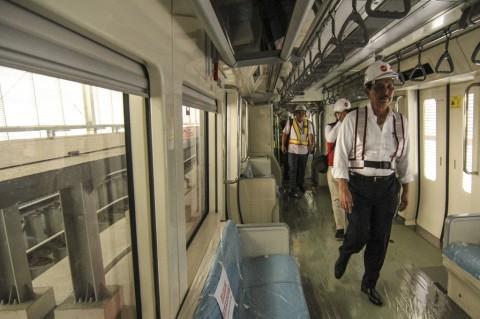 Luhut Bangga LRT Jabodebek Karya Anak Bangsa