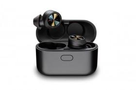 Menjajal Wireless Earbuds Plantronics BackBeat Pro 5100