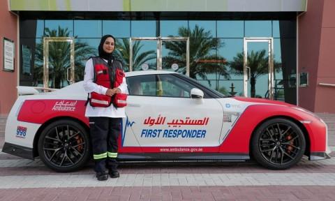 Tim Medis Dubai Pakai Sportcar, Buat Apa?
