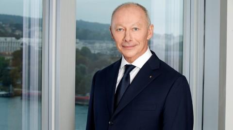 Mendadak CEO Renault Dipecat