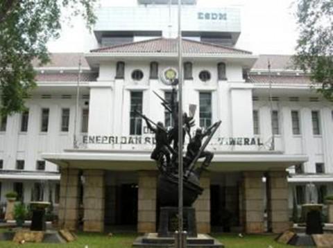 Kementerian ESDM Pasang Lampu Tenaga Surya 600 Titik di DIY