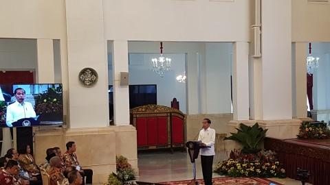 Jokowi Tak Sabar Mencoba Internet di Indonesia Timur