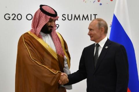 Coba Redakan Ketegangan Teluk, Putin Kunjungi Saudi